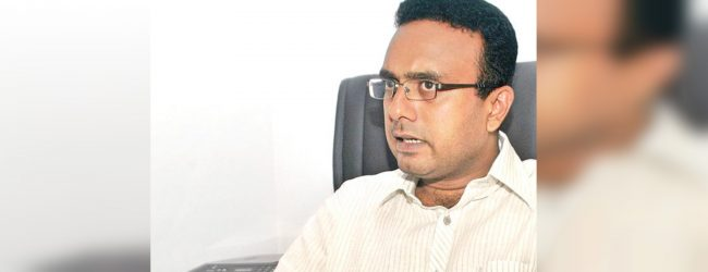 Manusha criticizes government of thwarting media freedom