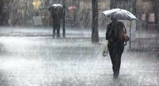 Heavy showers exceeding 100 mm likely today (21): Met. Department
