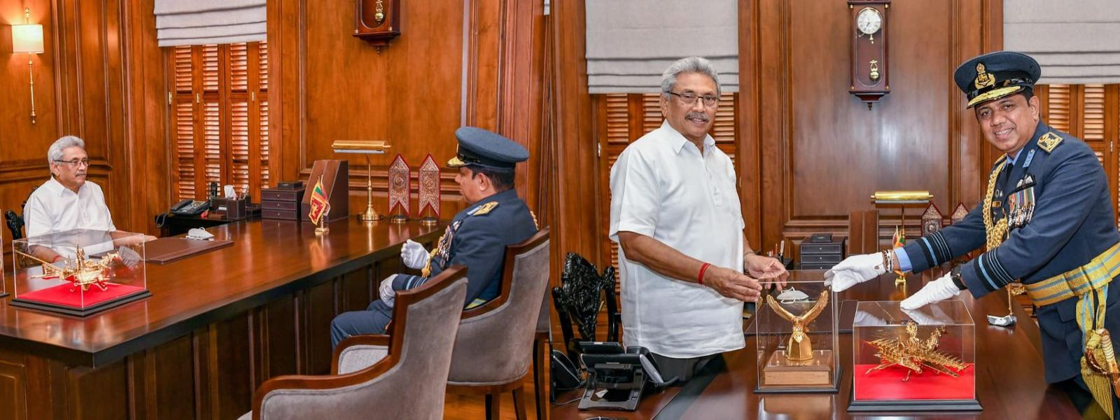 Commander of the Air Force calls on President Rajapaksa