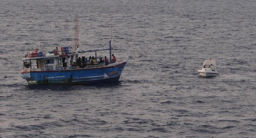100kg heroin seized from Sri Lankan boat by Indian Coast Guard