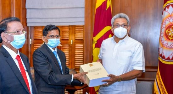 Final Report by PCoI on Political Victimization handed over to President