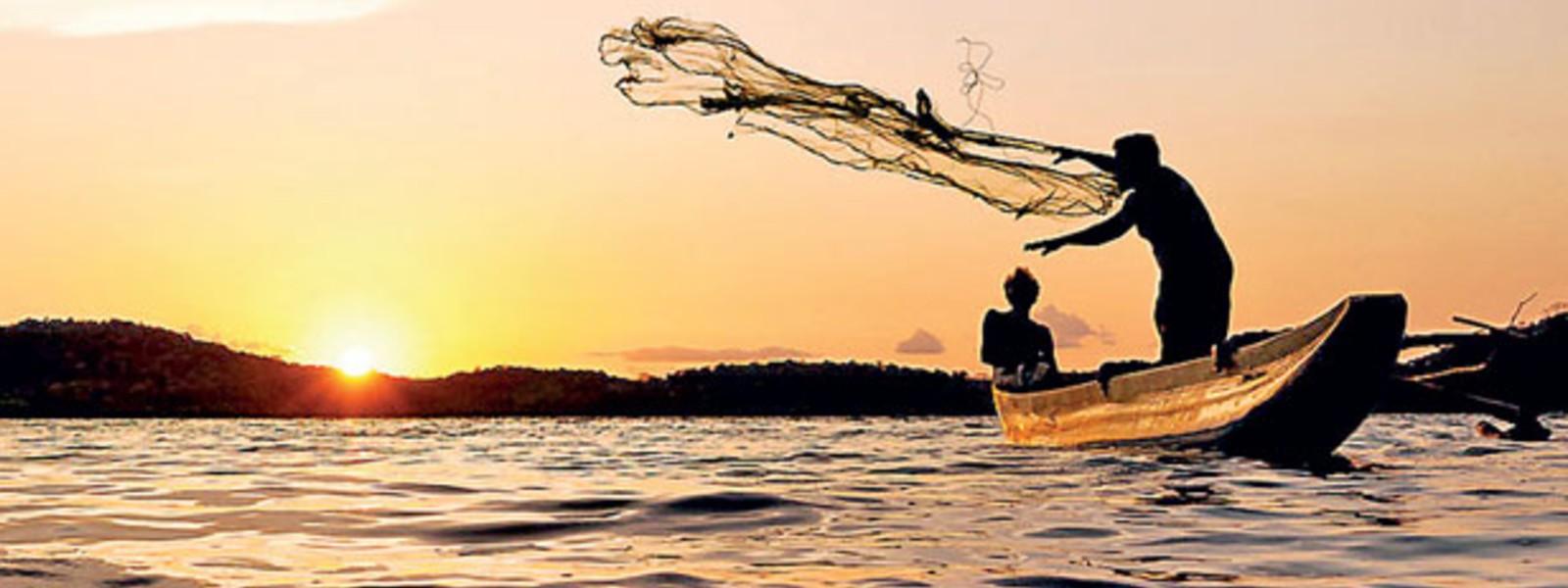SRI LANKA AND INDIA DISCUSS FISHING WARS