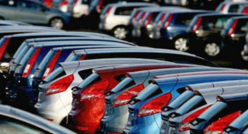 Number of vehicle registrations in Sri Lanka decline