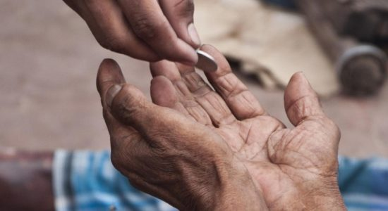 Sri Lanka's poverty line crosses Rs 5000 mark for the eight time in 2020