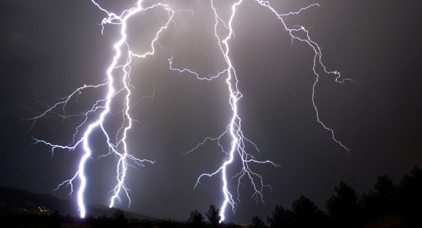 Met. Department issues advisory for 'Severe Lightning'