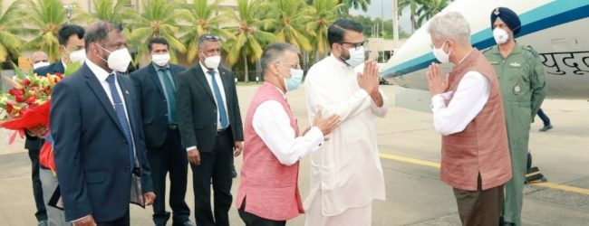 INDIAN FOREIGN MINISTER IN SL FOR TALKS