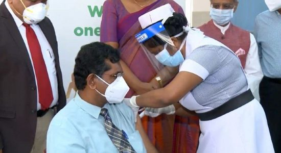 (VIDEO) Frontline Health Force Receives First Dose of New Vaccine