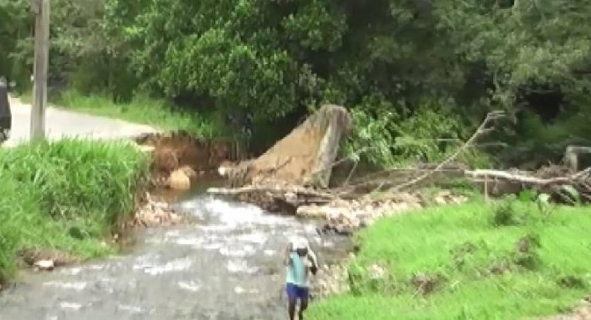 Residents repair Kotagama anicut