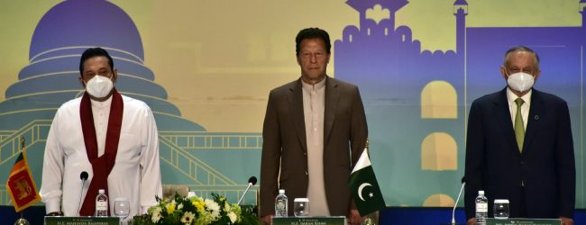 (VIDEO) Join CPEC project; Pakistan PM invites Sri Lankan businesses