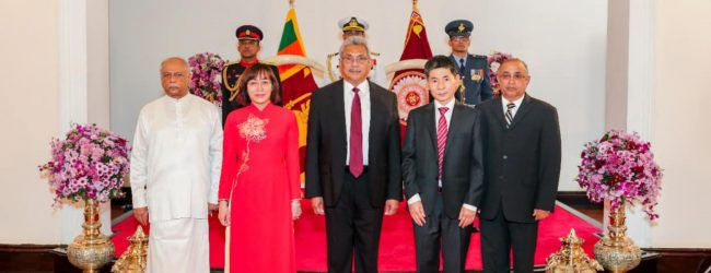 New Vietnamese Ambassador meets President; discusses boosting relations