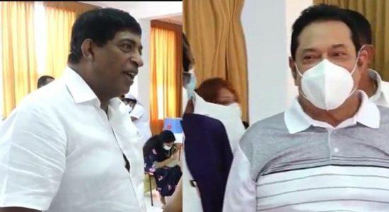 PM and Ravi meet Ven. Muruththettuwe Thero separately at Abhayarama Temple