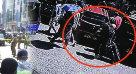 (CCTV) Traveling bag with body inside reached Colombo from Hanwella