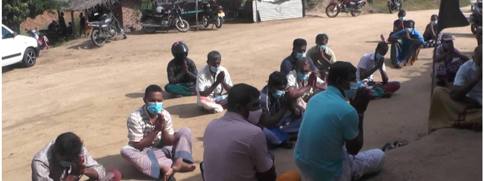 Walsapugala Farmers launch fast unto death again