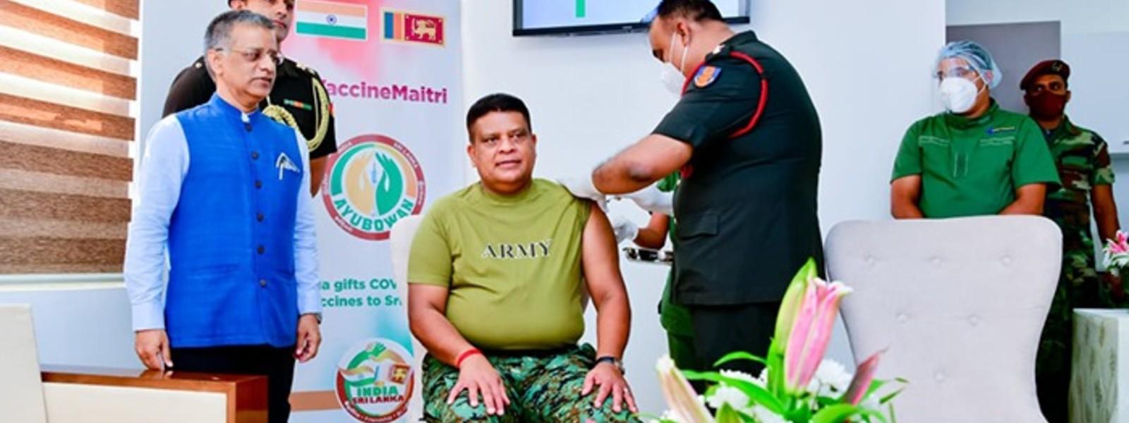 (PICTURES) General Shavendra Silva Gets His COVID-19 Vaccine