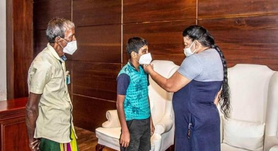 (VIDEO) Former First Lady comes forward to give hope to vision impaired boy
