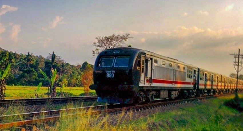 Train operations from Fort, Colombo cancelled