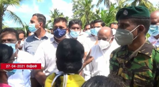 (VIDEO) Parliament Speaker confronted during visit to South of Sri Lanka
