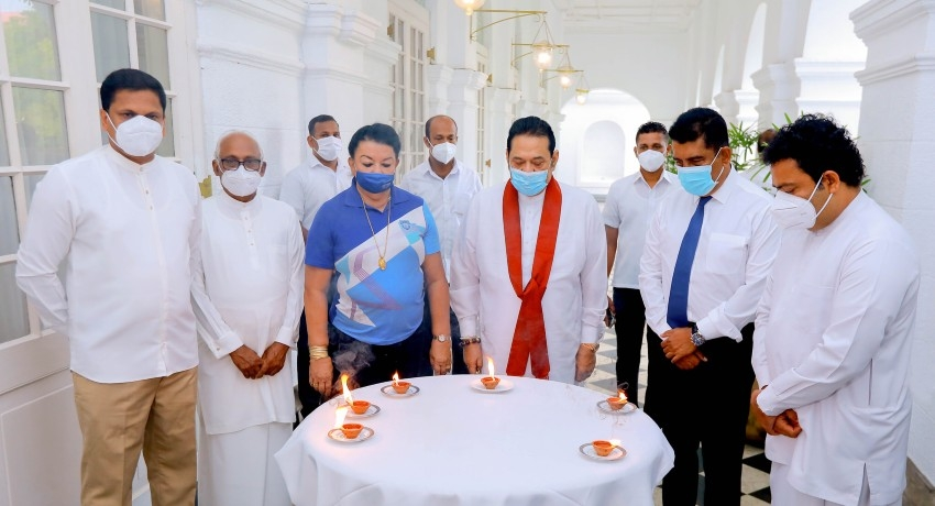(PICTURES) PM leads 21/4 remembrance at Temple Trees