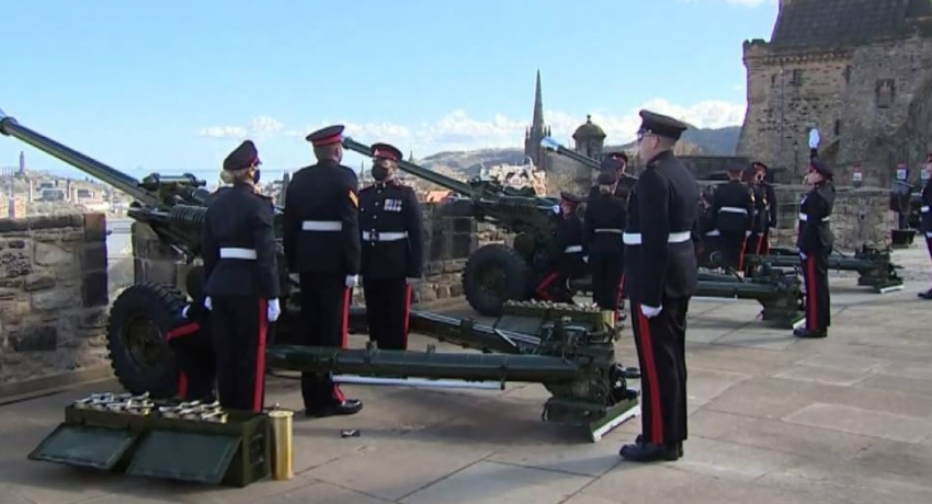 Gun salutes accorded to mark Prince Philip's demise