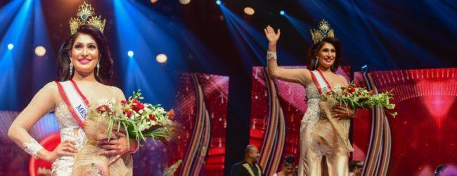 Pushpika De Silva re-crowned Mrs. Sri Lanka 2021