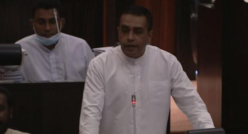 (VIDEO) Speaker is like 'Poli Mudalali' on social media – Thushara Indunil