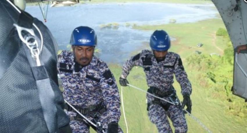 Sri Lanka Air Force & STF raid illegal sand mining operations