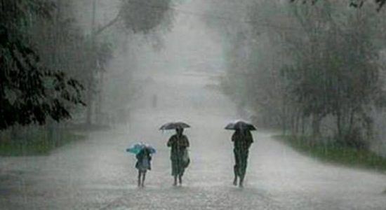EXTREME WEATHER: Very heavy falls exceeding 150 mm likely today (25)