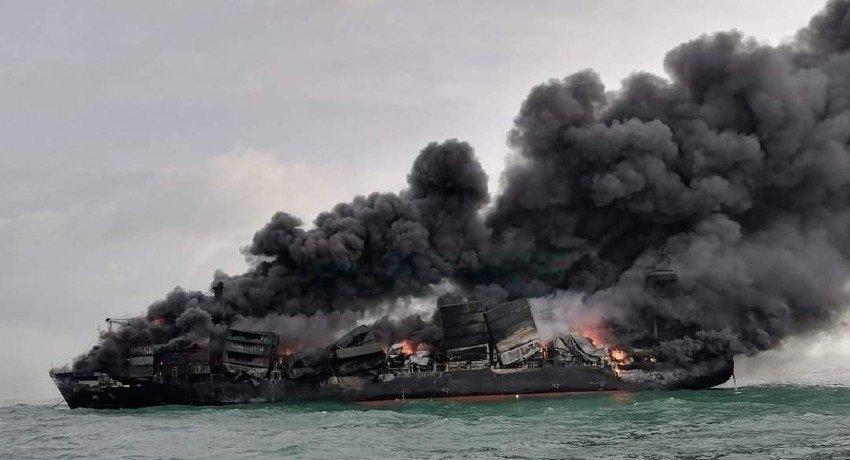 X-PRESS PEARL did NOT inform Sri Lanka of acid leak before dropping anchor
