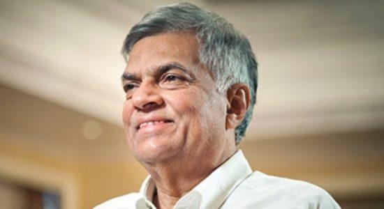 Ranil wants Govt. to prepare legislation to control pandemic