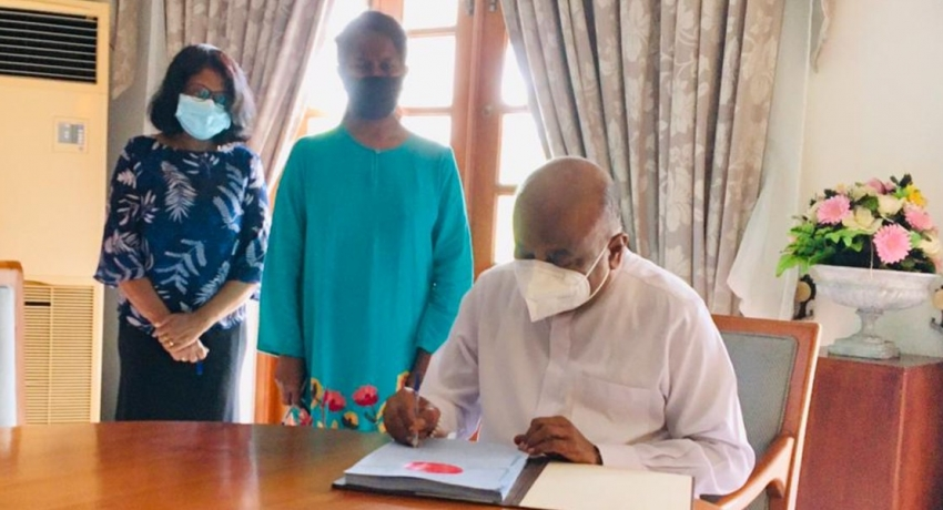Speaker signs blueprint of the Colombo Port City Economic Commission Bill