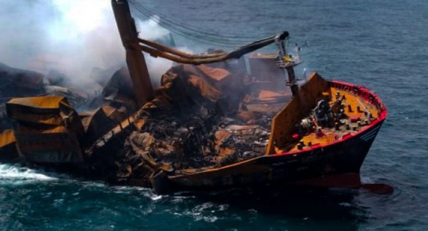 Towing of X-PRESS PEARL suspended as stern hits the ocean floor