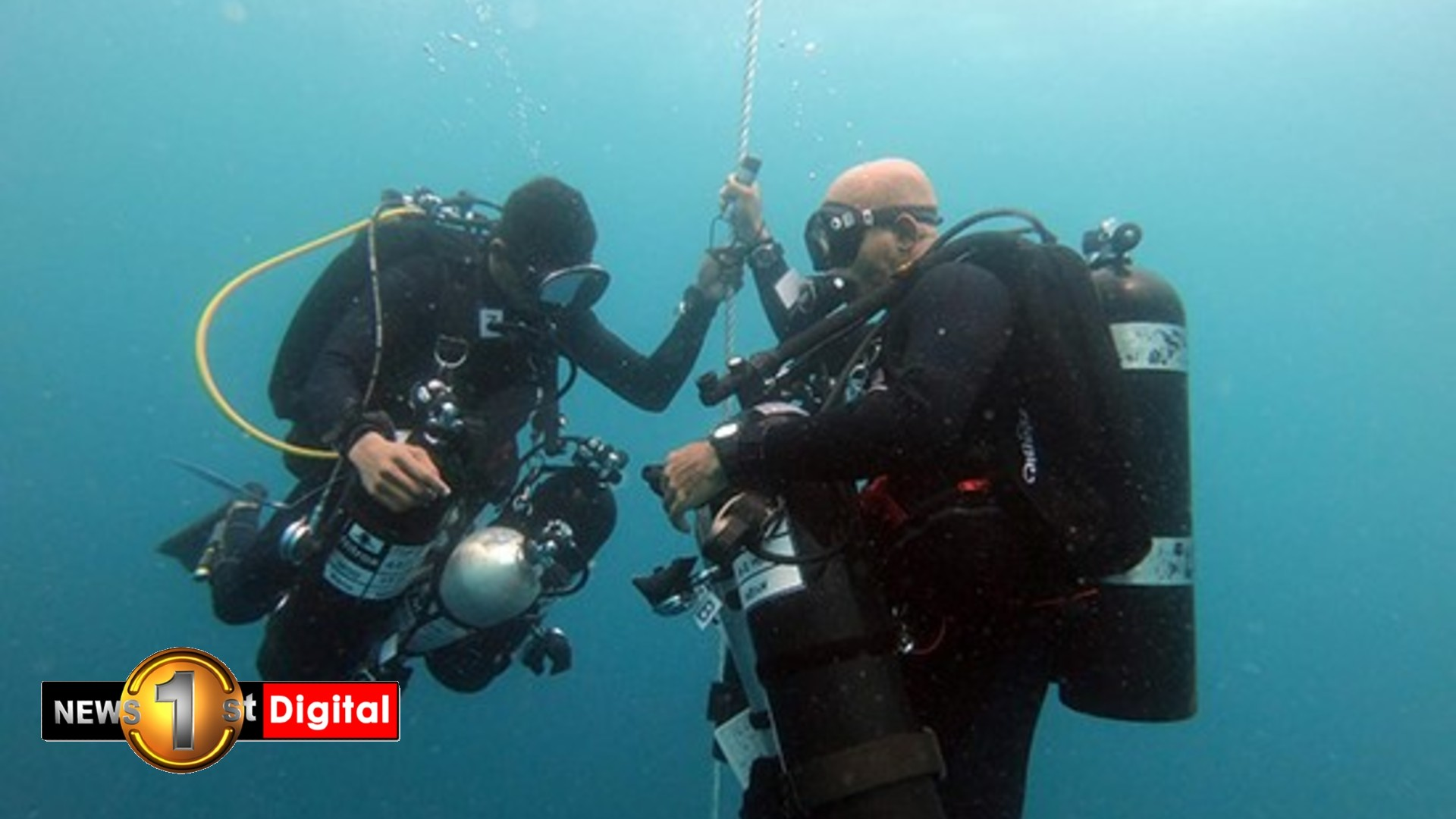 (PICTURES) Navy divers set new deep sea diving record