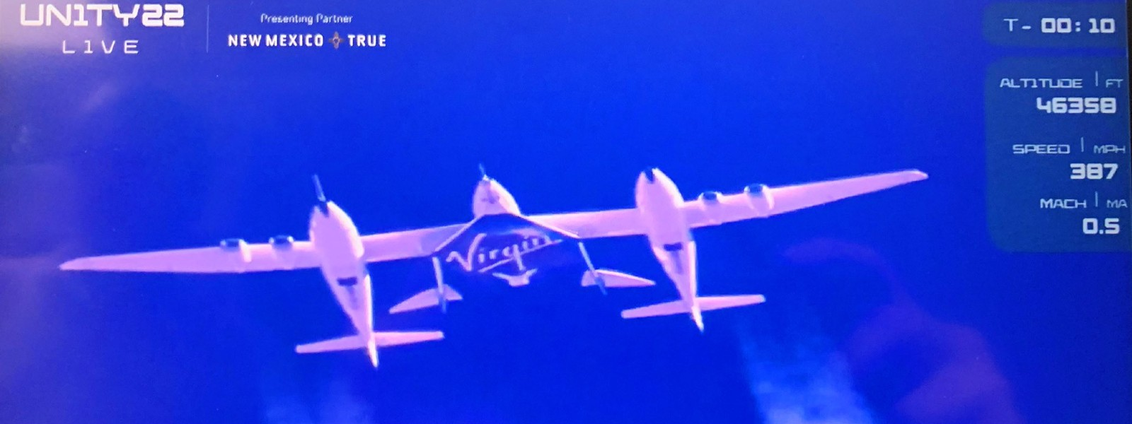 Richard Branson, crew go to space and back on Virgin Galactic spaceship