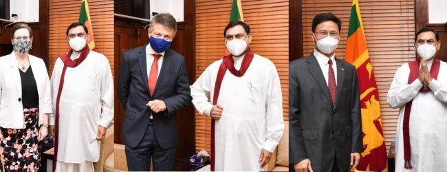 (PICTURES) Diplomats meet Finance Minister Basil Rajapaksa