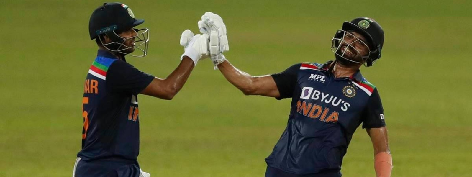 India beat Sri Lanka by 3 wickets in 2nd ODI to clinch series