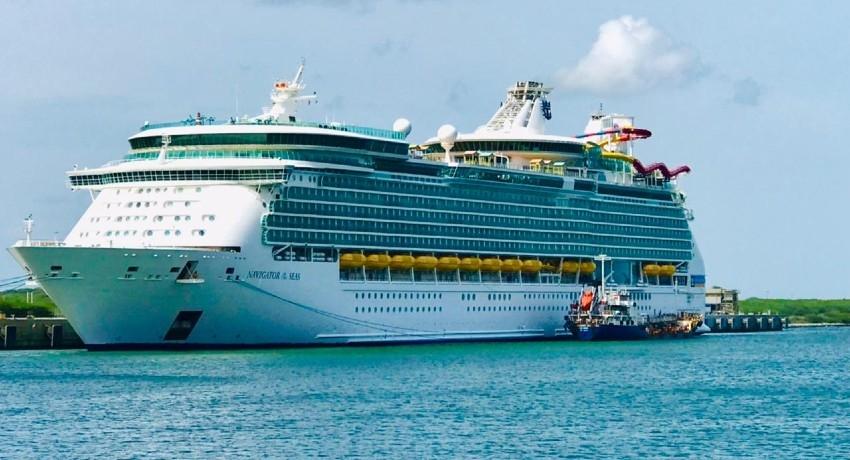 Cruise ship 'Navigator of the Seas' at Hambantota Port