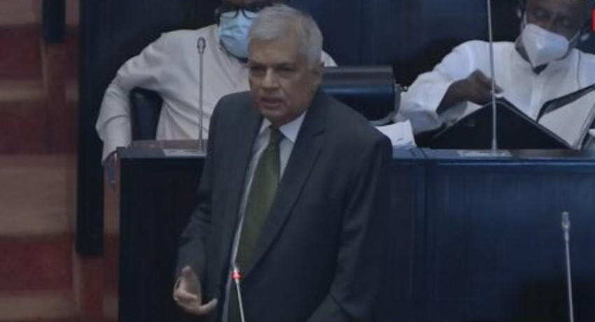 Ranil calls for weekly COVID briefing in Parliament