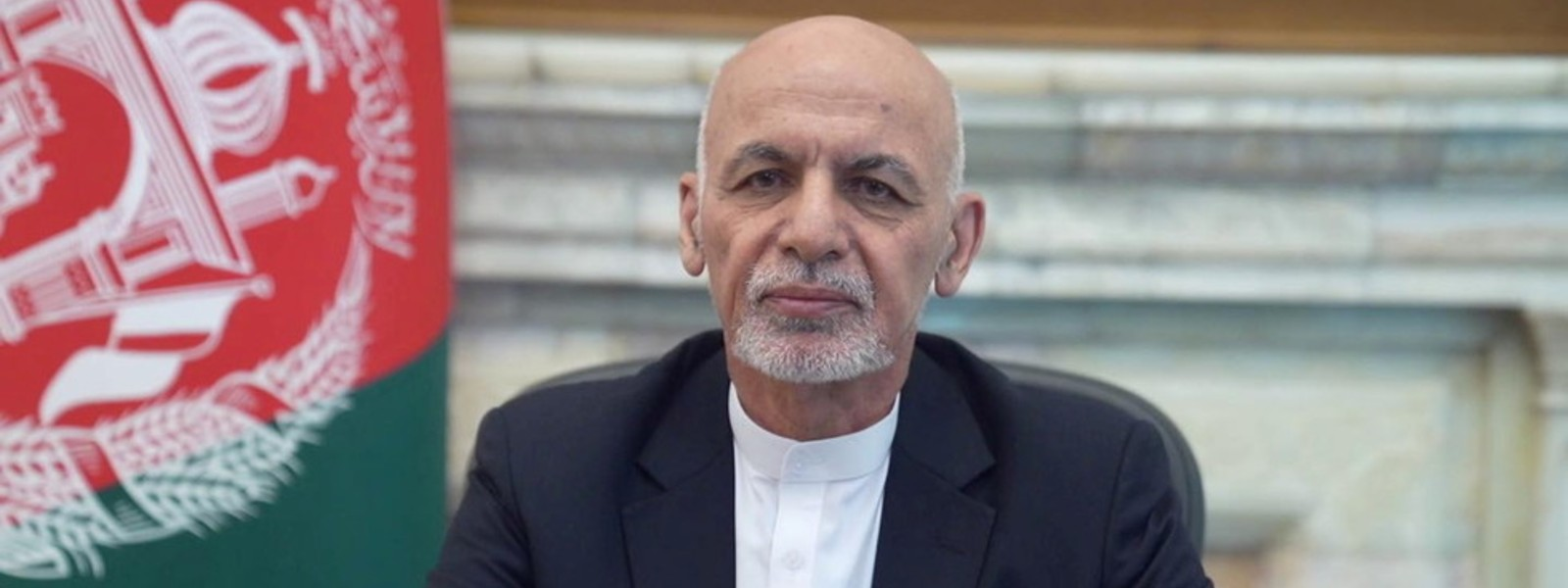 Afghan president fled Kabul with cars full of cash