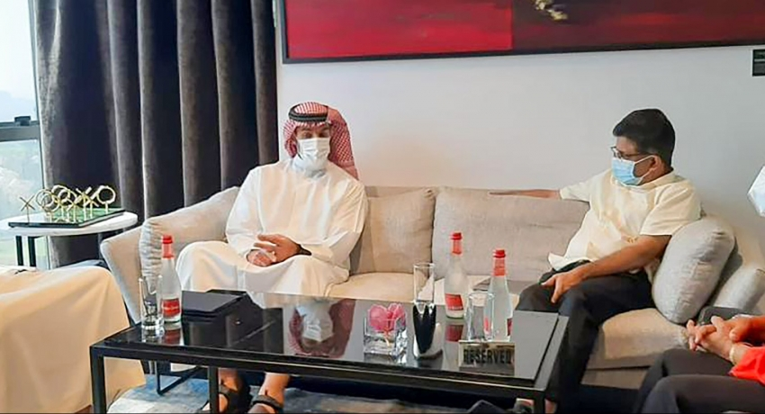 Gammanpila discusses oil on sidelines of Gastech 2021