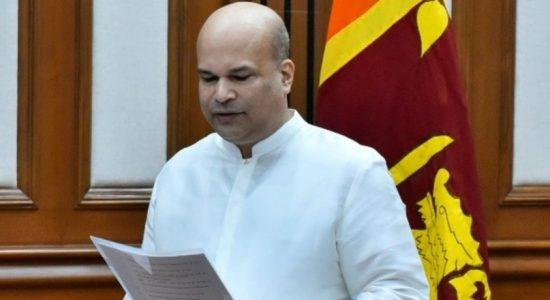 Milinda Moragoda presents credentials to Indian President