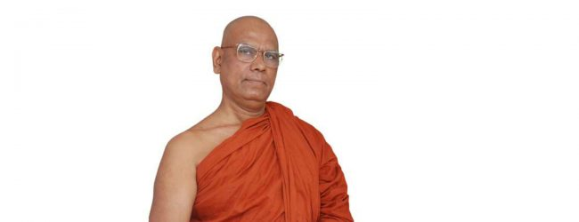 Health Ministry trying to protect #DataScam perpetrators – Ven. Omalpe Sobitha Thero