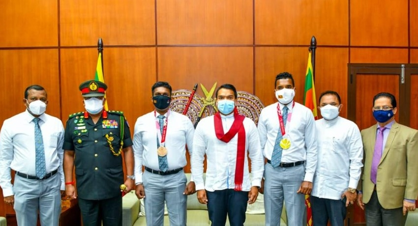 Tokyo Paralympic Champions honoured at Sports Ministry