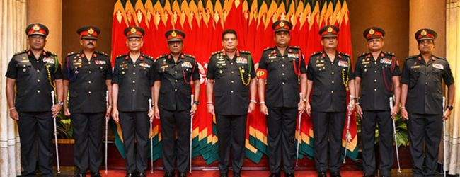 New Eight Majors General Adorned with New Insignia