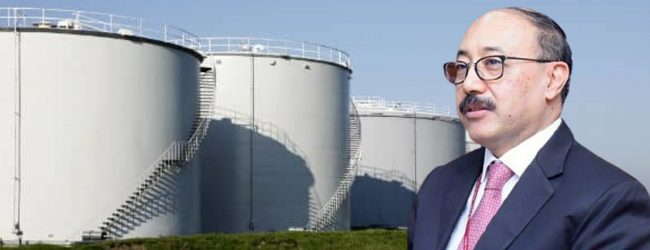 Indian Foreign Secretary inspects Trincomalee Oil Tank Farm