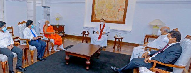 Several Teacher Unions meet PM for talks