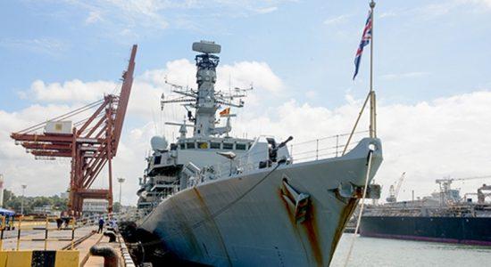 SLNS 'Samudura' takes part in naval exercise with HMS 'Kent'