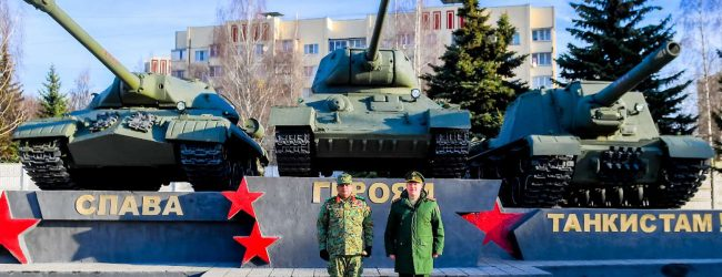 Russian elite armoured Division stages rare live session for Sri Lanka's Army Chief
