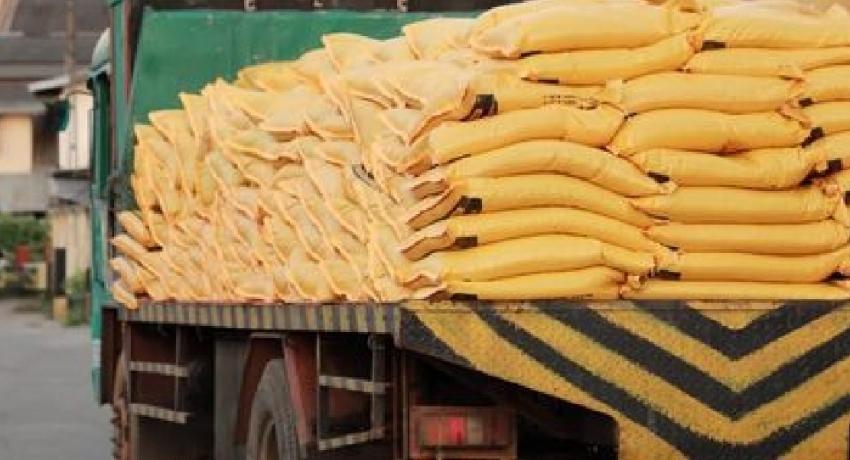 Distribution of imported fertilizer begins