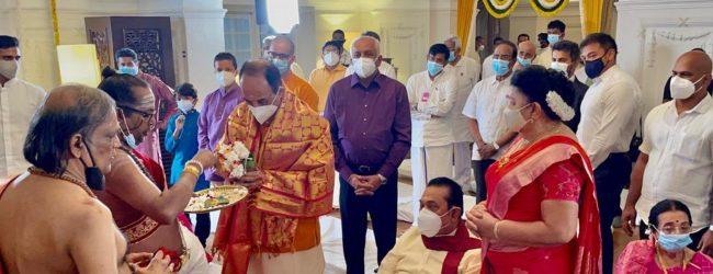 BJP's Subramanian Swamy participates in PM's Navaratri festival