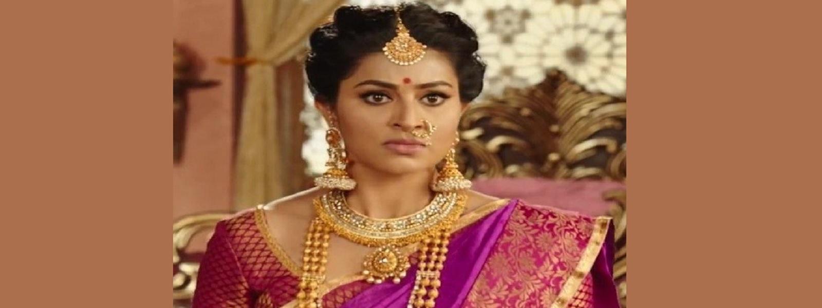 குருஷேத்திராவில் திரௌபதியாக சினேகா